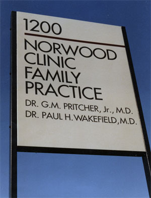 Norwood Doctors - Sign